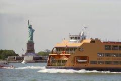 Transbordador del puerto de Nueva York Imagen de archivo libre de regalías