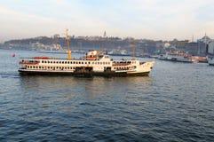 Transbordador en el Bosphorus Imagen de archivo libre de regalías