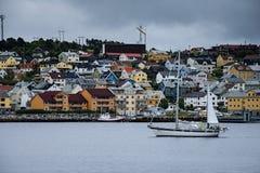 Transbordador en el fiordo Fotografía de archivo libre de regalías