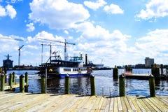 Transbordador en el lago Imagen de archivo