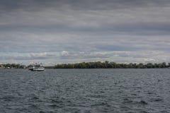 Transbordador en el lago Ontario Foto de archivo