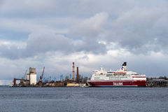 Transbordador en el puerto Imagen de archivo libre de regalías