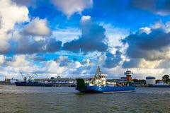 Transbordador en el puerto de Klaipeda Fotos de archivo