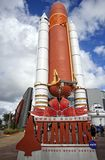 Transbordador espacial la Atlántida en el centro espacial de Kannedy Imagenes de archivo