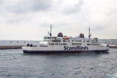 Transbordador que pasa a Dinamarca con el estrecho de Kattegat imagen de archivo libre de regalías
