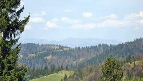 transcarpathian ukraine för carpathian för crossingintermountainliggande region för berg sikt Arkivbilder