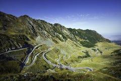 Transfagarasan ο διασημότερος δρόμος στα βουνά Fagaras της Ρουμανίας Στοκ Εικόνα