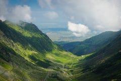 Transfagarasan alpin bergväg royaltyfri fotografi