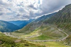 Transfagarasan alpin väg i Rumänien Arkivfoton