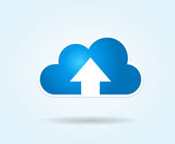 Transferência de arquivo pela rede da nuvem Fotos de Stock Royalty Free
