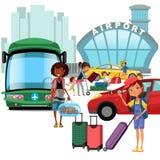 Transfer do aeroporto, transporte público como o carro e ônibus, mãe feliz da família com kepp das crianças sua bagagem para o tr Foto de Stock