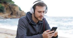 Transferencia adolescente seria y el escuchar la música