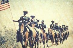 Transfert polaroïd des soldats dans la bataille pendant la reconstitution de guerre civile de la bataille de la course de Taureau image stock