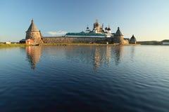 Transfiguración del monasterio de Jesus Christ Savior Solovetskiy en las islas de Solovki (archipiélago de Solovetskiy) en el mar Fotos de archivo libres de regalías