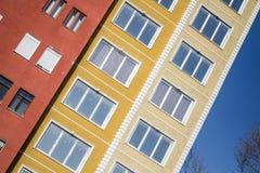 Transformación urbana y construcciones de viviendas modernas Foto de archivo