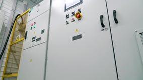 Transformador do armário da proteção e interruptor do controlo automático Subestação modular vídeos de arquivo
