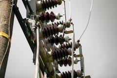 Transformateur de courant électrique dans la sous-station à haute tension Photos libres de droits