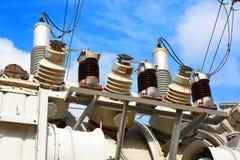 Transformator elektrisch met hoog voltage Stock Foto's