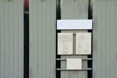 Transformator med strömkretsdiagrammet Arkivfoto