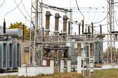 Transformatornebenstelle, -Hochspannungsschaltanlage und -ausrüstung lizenzfreie stockbilder