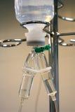 Transfusão intravenosa nas urgências Fotos de Stock Royalty Free