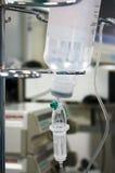 Transfusão no quarto de operação Fotografia de Stock Royalty Free