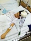 Transfusión de la cama de hospital Fotos de archivo libres de regalías
