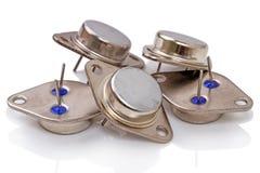 Transistores de poder en una vivienda del metal fotos de archivo
