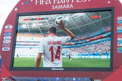 Transmisja zapałczany Australia na ekranie w fan strefie puchar świata 2018 obraz stock