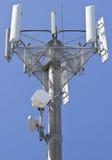 Transmissor elevado das telecomunicações Fotografia de Stock