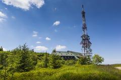 Transmiter sur la montagne de Skrzyczne dans Szczyrk, Pologne Photo libre de droits