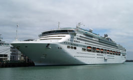 Transoceanic passenger ship Royalty Free Stock Photography