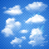 Transparante Wolken op Blauw Stock Foto's