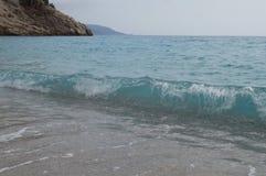 Transparente blaue Welle Stockfotos