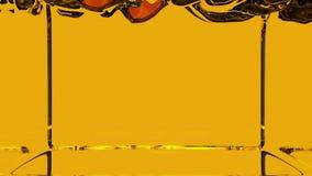 Transparente orange Flüssigkeit füllt den Schirm auf, lokalisiert auf dem weißen Alphakanal, der wie luma eingeschlossen ist, das stock abbildung