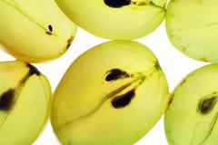 Transparente Scheiben der reifen Trauben stockfotos