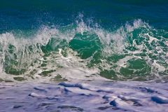 Transparente Smaragdwelle Lizenzfreie Stockfotos