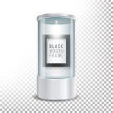 Transparentes Glasmuseums-Schaukasten-Podium mit dunkler hölzerner Bilderrahmen-Schablone, Scheinwerfer und Funken Spott herauf K Stockbild