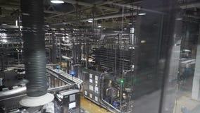 Transportör för vatten som buteljerar maskinen arkivfilmer