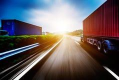 Transport de camion de récipient Photographie stock