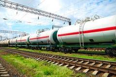 Transport de pétrole dans les réservoirs par chemin de fer Images stock
