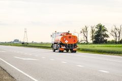 Transport des liquides inflammables Camion Photo libre de droits