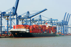 Transport, eksport, import, Ho Chi Minh port Zdjęcia Stock