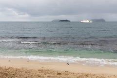 Transport Industr d'îles de croisière de bateau de bateau de mer de sud de la Chine grand image libre de droits