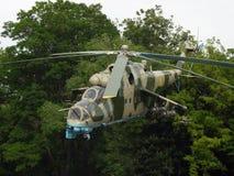 Transport-strid helikopter Mi24-B Arkivbild