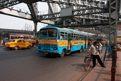 Transport traffic on the famous Howrah bridge Royalty Free Stock Photos