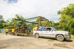 Transport tratwy na Martha Brae Rive w Jamajka obraz royalty free