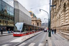 Transportatıon público ın Praga, República Checa Imagenes de archivo