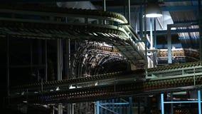 Transportband voor de productie van kranten stock videobeelden