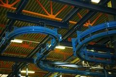 Transportbandlijn in de fabriek Royalty-vrije Stock Foto's